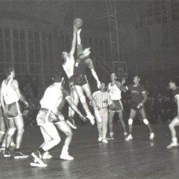 Сборная Сахалинской области по баскетболу в Японии, 1966г.