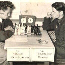 Шахматы. Б.Барский (Южно-Сахалинск) - В.Леонидов (Мордовия)