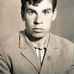 Владимир Пешехонов, мастер спорта по легкой атлетике Чемпион СССР в кроссе на 12 км – 1979 год Серебряный призер международного марафонского пробега на приз газеты «Труд» в 1977 году