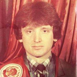 Сергей Злобин, мастер спорта по легкой атлетике Серебряный призер международных соревнований в беге на 5000 метров в Тунисе в 1981 году