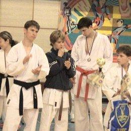 Сахалинская команда н открытом Чемпионате и первенстве Дальнего Востока по каратэ-до Сётокан (версия SKIF)  г.Уссурийск  апрель 2005г.