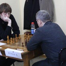 Чемпионат Южно-Сахалинска по классическим шахматам среди мужчин. Дмитрий Добровлянский - Валерий Рутман - 0,5:0,5.