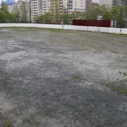 Корт, ул. Комсомольская, 300.