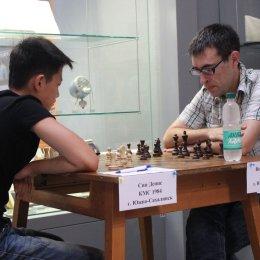 Денис Син (белые) проиграл Ивану Верещагину.