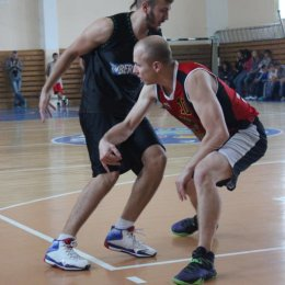 Турнир по баскетболу один на один