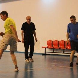 Волейбольная тренировка секции инвалидов по слуху