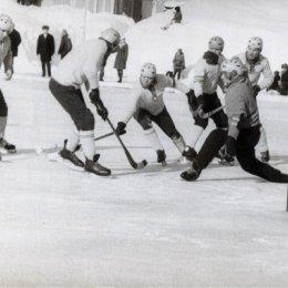 Матч в Южно-Сахалинске, середина 1970-х годов.