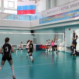 Турнир по волейболу «Весенняя капель» среди команд девушек