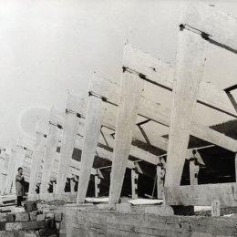 """Строительство стадиона """"Спартак"""", конец 1960-х годов"""