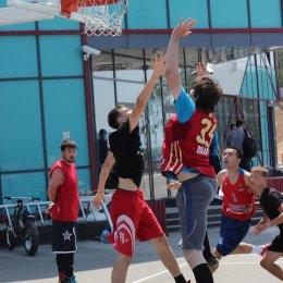 Первый тур турнира по стритболу «Kings of the Court»