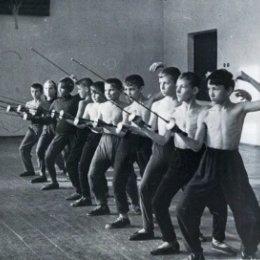 В 1960-е годы в Корсакове можно было заниматься фехтоанием