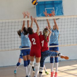 Чемпионат Южно-Сахалинска по волейболу среди женских команд