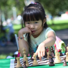 Праздник шахмат в городском парке