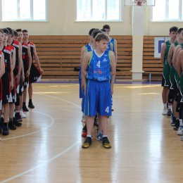 Первенство области по баскетболу среди юниоров и юниорок 2001-2002 г.р.
