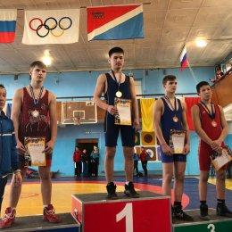 Первенство ДФО по вольной борьбе среди юношей и девушек до 16 лет (Владивосток)