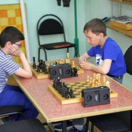С Тиграном Мовсесяном мы много лет соперничали в детских, а потом и в юношеских турнирах