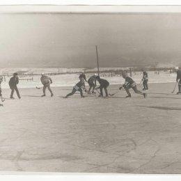 Хоккей с мячом в Углегорске, 1970-е годы