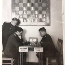 Вот с таким антуражем проходил в 1948 году чемпионат Сахалинской области