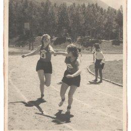 Областная Спартакиада школьников, 1951 год. Эстафета девушек 4 по 100 метров