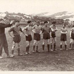 Команда поселка Байково (остров Шумшу), 1960-е годы