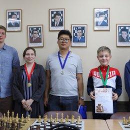Блиц-турнир, посвященный Дню России (фото Яны Водэ)