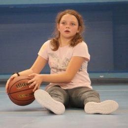 В секции баскетбола СОШ № 20 ждут юных спортсменов