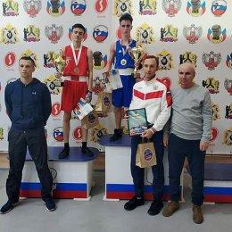 Островитяне завоевали золотую, серебряную и бронзовую награды на турнире по боксу в Хабаровске