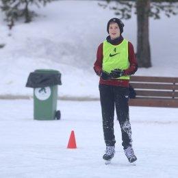 Ноу-хау в ОГАУ «СШ «Сахалин»: футбол на коньках