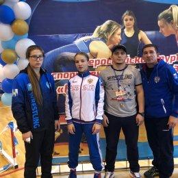 Две островные спортсменки включены в состав сборной команды России по женской борьбе