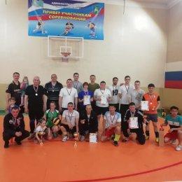Волейбольный турнир собрал в Смирных семь команд