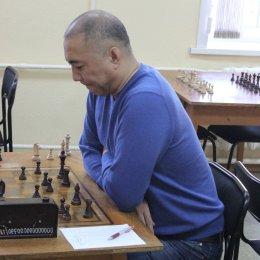 Альберт Лим стал победителем областного турнира по быстрым шахматам