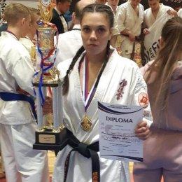 Валентина Шкуракова завоевала золотую медаль международного турнира по киокусинкай