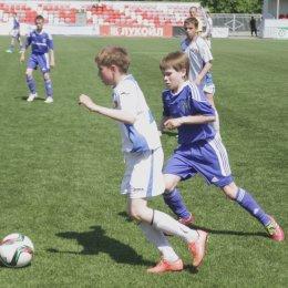 «Сахалин – 2001» сыграл вничью с «Томью» в финале первенства России