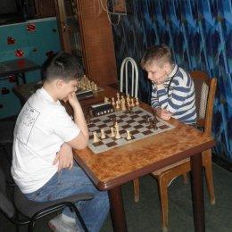 Роман Крупович сначала выиграл ладью, затем – партию и турнир