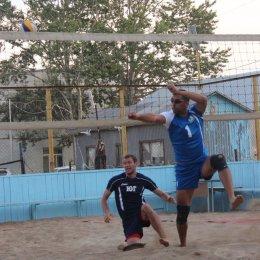 Победителями второго тура чемпионата области по пляжному волейболу стали дуэты Станислав Тулаев/Евгений Титов и Мария Пак/Ксения Осипова