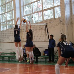 День разгромов на чемпионате Южно-Сахалинска