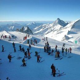 Российские горнолыжники завершают подготовку к сезону