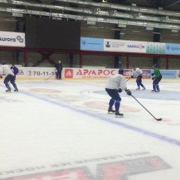 Хоккеисты «Сахалин» начали подготовку к играм с «Хай 1»