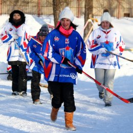 Хоккеисты в валенках определили четвертьфиналистов