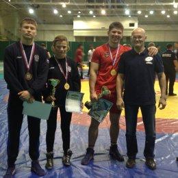 Островные борцы вольного стиля завоевали три медали первенства ДФО