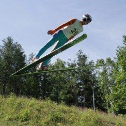 Прыгать можно и летом