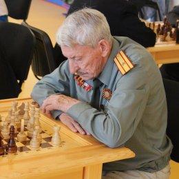 ВЦ «Сахалин» познакомился с шахматами