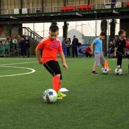 28 футбольных надежд