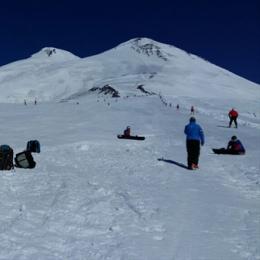 Островные горнолыжники готовятся к сезону в Приэльбрусье