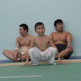 На Сахалине побывали юные сумоисты с Хоккайдо