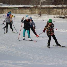 День снега в Поронайске отметили семейными стартами