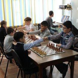 Денис Син победил в турнире на призы ЗАО «Гидрострой» третий год подряд