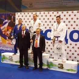 Сахалинские дзюдоисты завоевали пять золотых медалей чемпионата ДФО в Хабаровске