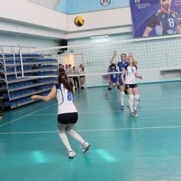Островные волейболистки примут участие в турнире во Владивостоке