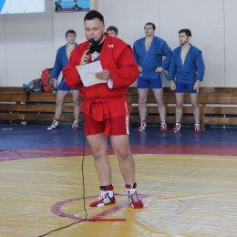 Титулованные спортсмены провели мастер-класс для сахалинских самбистов